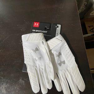 UA Spotlight Football Gloves